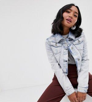 Светлая укороченная джинсовая куртка с эффектом кислотной стирки -Синий Brave Soul Petite