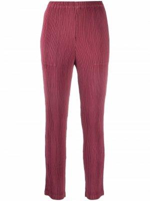 Plissé-detail cropped trousers Issey Miyake. Цвет: розовый