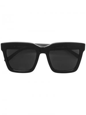 Солнцезащитные очки в крупной оправе Retrosuperfuture. Цвет: черный