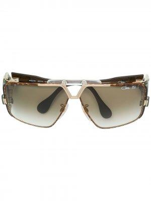 Солнцезащитные очки в оправе геометрической формы Cazal. Цвет: коричневый