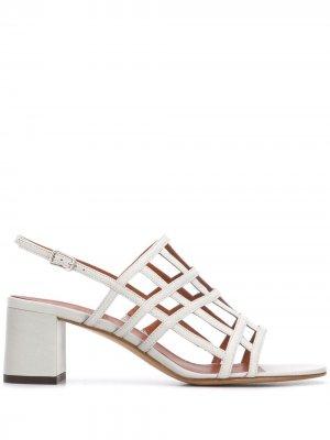 Босоножки Ria на блочном каблуке Michel Vivien. Цвет: серый