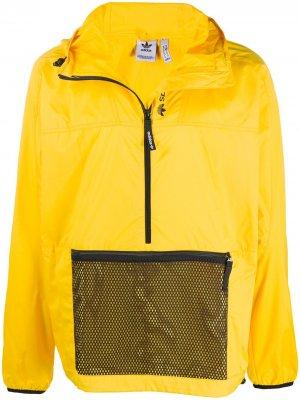 Анорак Adventure adidas. Цвет: желтый