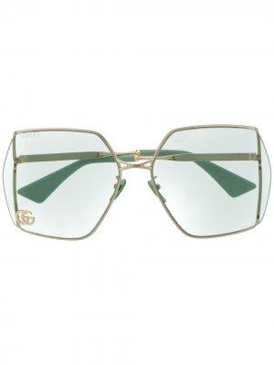 Массивные солнцезащитные очки с логотипом Double G Gucci Eyewear. Цвет: зеленый