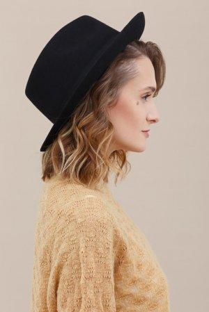 Шляпа CHRISTYS. Цвет: черная
