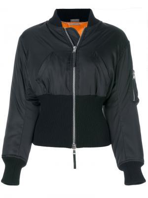 Приталенная куртка-бомбер Alexander McQueen. Цвет: чёрный