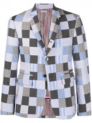 Пиджак в технике пэчворк Thom Browne. Цвет: синий