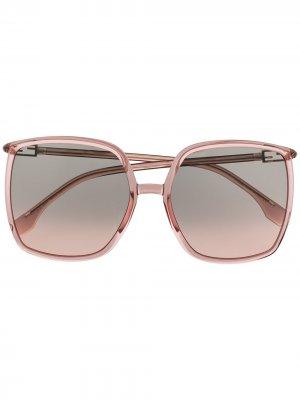 Солнцезащитные очки в массивной квадратной оправе Fendi Eyewear. Цвет: розовый