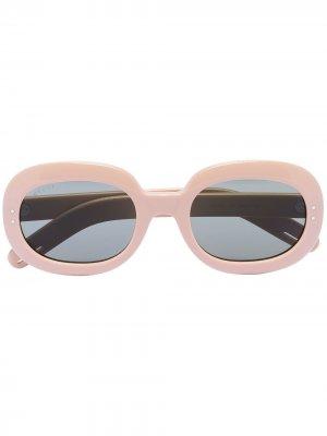 Солнцезащитные очки в овальной оправе Gucci Eyewear. Цвет: нейтральные цвета