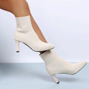 Ботинки носки Остроконечные на каблуке SHEIN. Цвет: бежевые