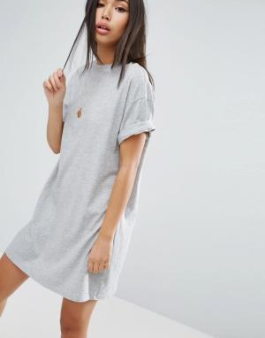 Платье-футболка с отворотами на рукавах ASOS DESIGN. Цвет: серый
