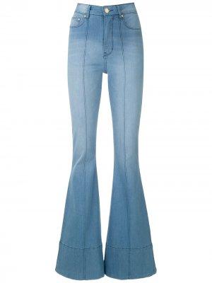 Расклешенные джинсы Wanda Amapô. Цвет: синий