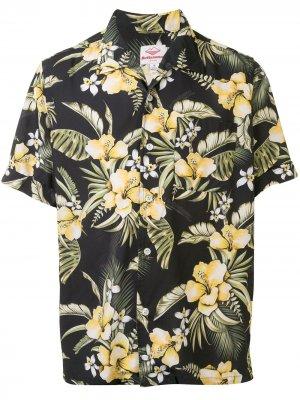 Рубашка с короткими рукавами и цветочным принтом Battenwear. Цвет: черный