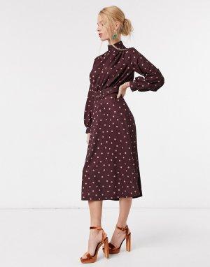 Платье миди бордового цвета с высоким воротом, поясом и принтом в виде розовых точек -Розовый Closet London
