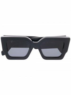 Солнцезащитные очки Catalina в квадратной оправе Off-White. Цвет: черный