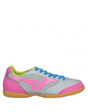 Низкие кеды и кроссовки MIZUNO. Цвет: розовый