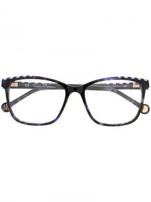 Очки с принтом в полоску на оправе Ch Carolina Herrera. Цвет: синий