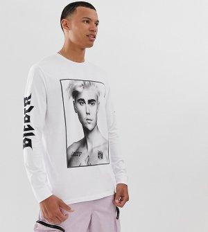 Свободный лонгслив с принтом \Justin Bieber\ спереди и на рукавах Tall-Белый ASOS DESIGN