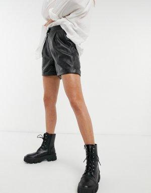 Черные кожаные шорты -Черный Muubaa