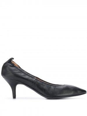 Туфли-лодочки с заостренным носком Joseph. Цвет: черный