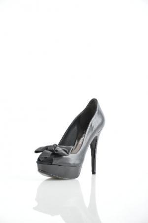 Туфли GUESS BY MARCIANO. Цвет: черный