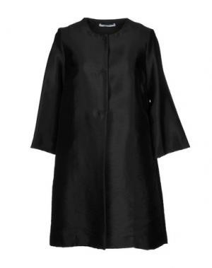 Легкое пальто LANACAPRINA. Цвет: черный