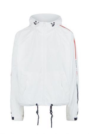 Ветровка Tommy Jeans. Цвет: белый