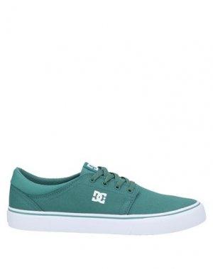 Низкие кеды и кроссовки DC SHOES. Цвет: зеленый