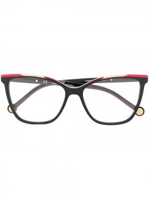 835 square-frame eyeglasses Ch Carolina Herrera. Цвет: черный