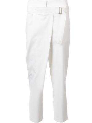 Укороченные брюки прямого кроя Kaufmanfranco. Цвет: белый