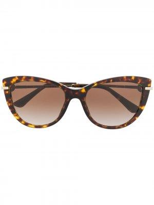 Солнцезащитные очки в оправе кошачий глаз Bvlgari. Цвет: коричневый